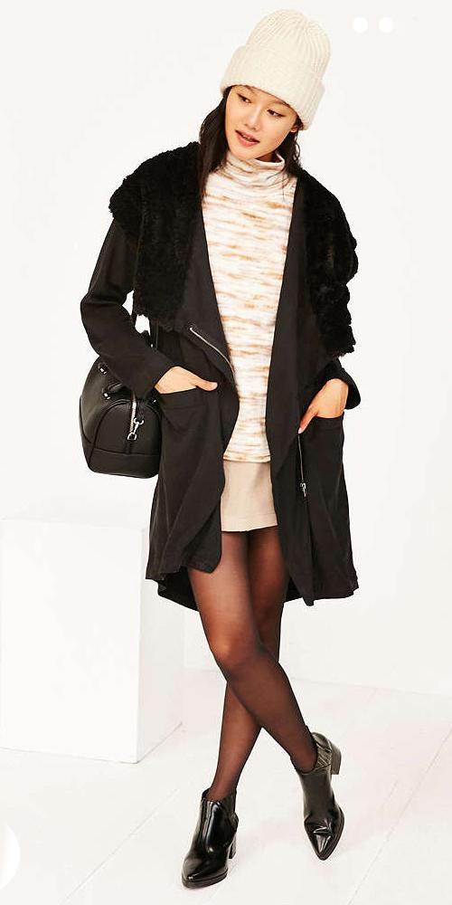 o-tan-mini-skirt-o-tan-sweater-black-bag-black-jacket-coat-wear-style-fashion-fall-winter-black-shoe-booties-beanie-black-tights-brun-lunch.jpg