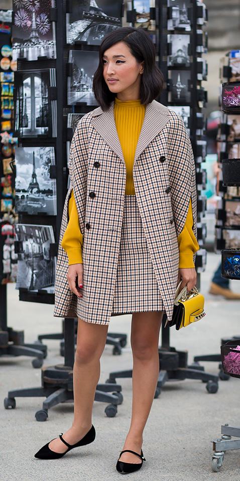 tan-mini-skirt-yellow-sweater-tan-jacket-coat-cape-black-shoe-flats-yellow-bag-fall-winter-brun-lunch.jpg