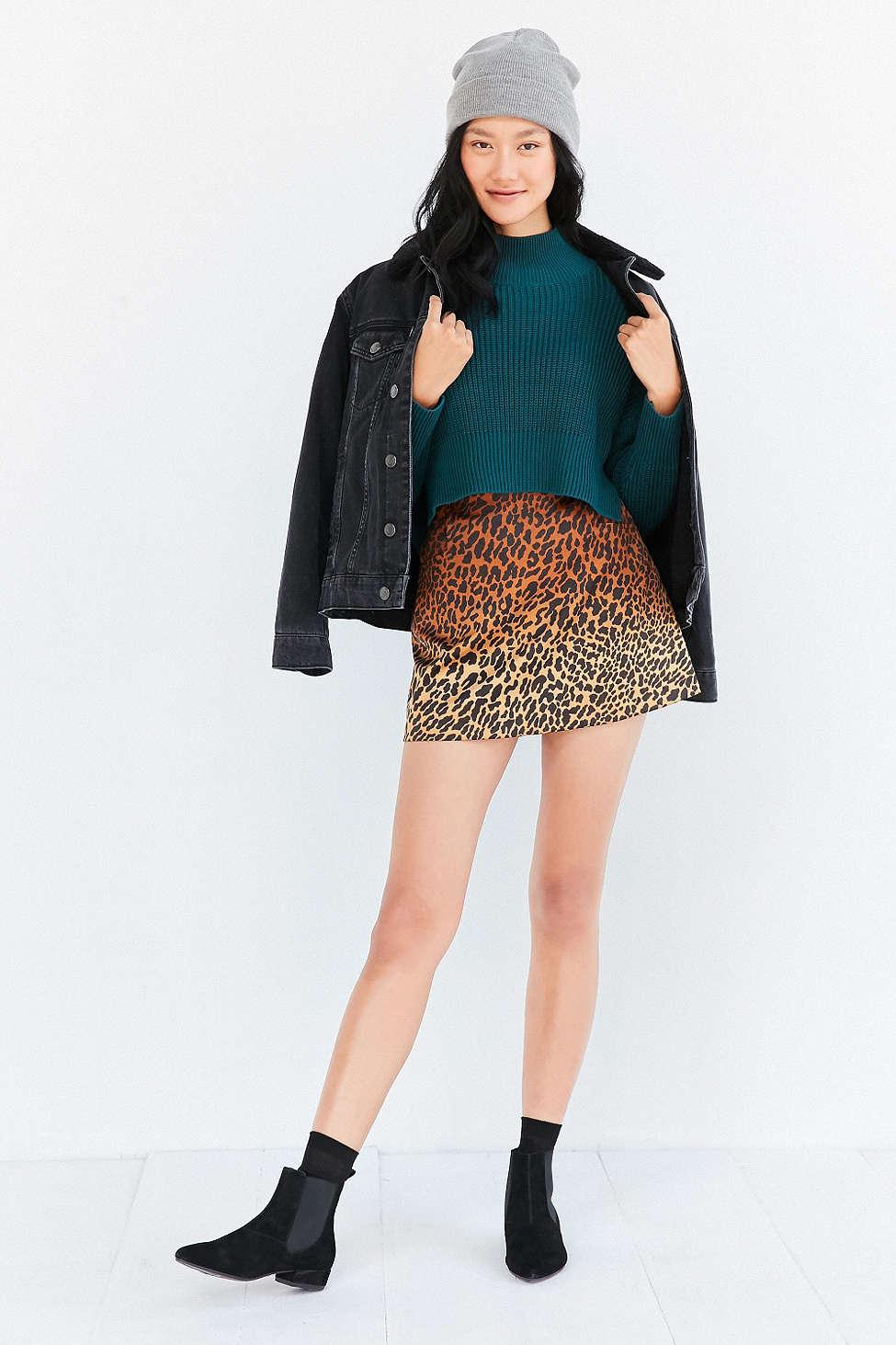 o-tan-mini-skirt-blue-med-sweater-teal-black-jacket-jean-wear-style-fashion-fall-winter-leopard-print-beanie-socks-black-shoe-booties-brun-weekend.jpg