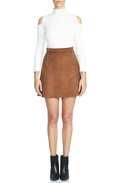 o-camel-mini-skirt-white-top-wear-style-fashion-fall-winter-suede-black-shoe-booties-cutout-dinner.jpg