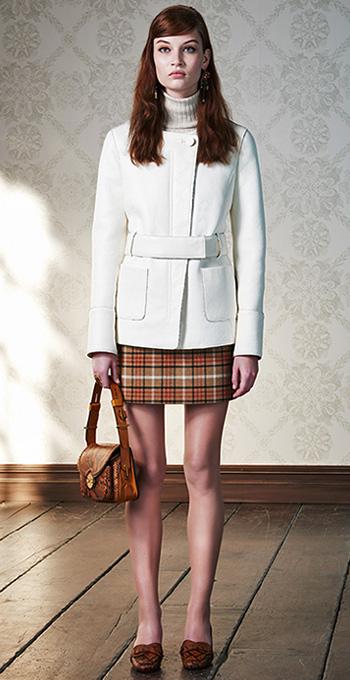 o-camel-mini-skirt-white-sweater-white-jacket-coat-cognac-bag-cognac-shoe-pumps-plaid-clip-earrings-wear-style-fashion-fall-winter-turtleneck-hairr-lunch.jpg
