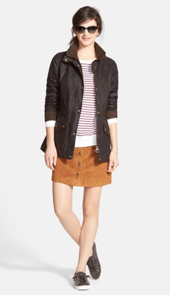 o-camel-mini-skirt-r-burgundy-tee-stripe-brown-jacket-utility-sun-pony-wear-style-fashion-fall-winter-brown-shoe-sneakers-brun-lunch.jpg