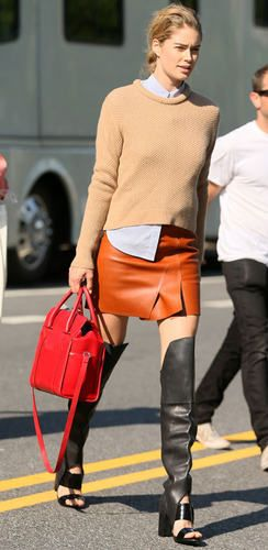 orange-mini-skirt-tan-sweater-black-shoe-boots-red-bag-howtowear-fall-winter-blonde-lunch.jpg