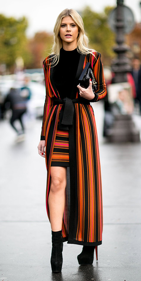 orange-mini-skirt-black-sweater-orange-jacket-coat-duster-stripe-match-wear-style-fashion-fall-winter-paris-france-black-shoe-booties-blonde-dinner.jpg