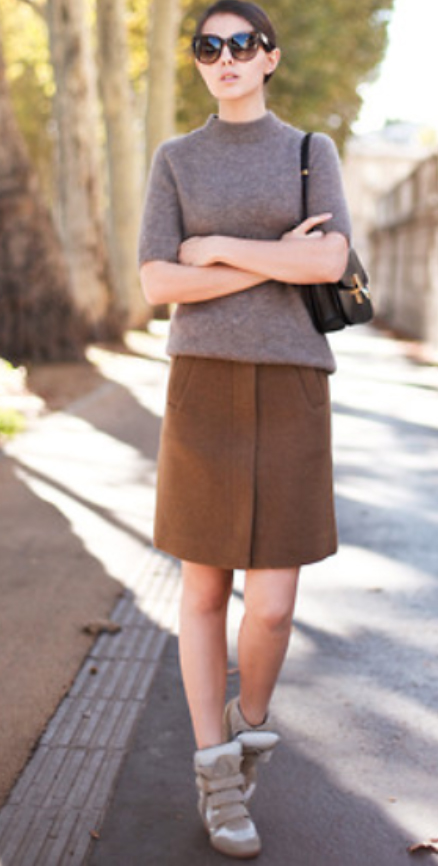o-brown-mini-skirt-brown-sweater-wear-style-fashion-fall-winter-black-bag-sun-bun-wedge-tan-shoe-sneakers-brun-lunch.jpg