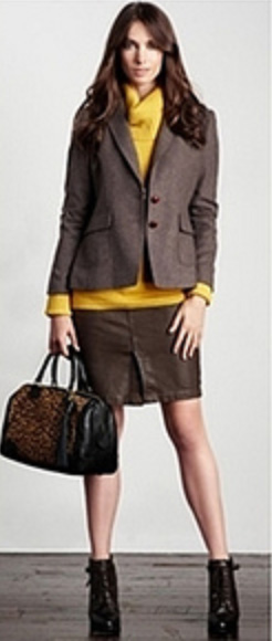 o-brown-mini-skirt-yellow-sweater-turtleneck-black-bag-leopard-wear-style-fashion-fall-winter-brown-jacket-blazer-skirtsuit-brown-shoe-booties-brun-work.jpg