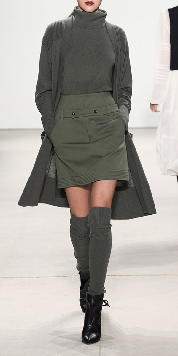 green-olive-mini-skirt-mono-black-shoe-booties-socks-green-olive-cardiganl-turtlenck-fall-winter-lunch.jpg