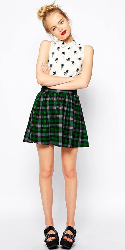 18fafbfd97 green-emerald-mini-skirt-white-top-blouse-bun-