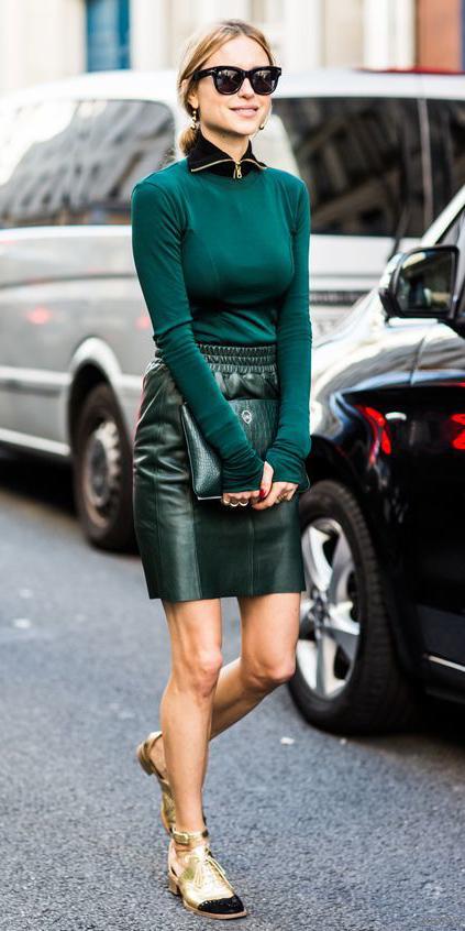green-dark-mini-skirt-green-dark-sweater-sun-pony-green-bag-clutch-tan-shoe-flats-gold-fall-winter-blonde-dinner.jpg