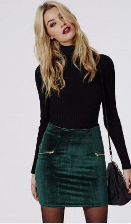 green-dark-mini-skirt-black-sweater-turtleneck-black-bag-black-tights-fall-winter-blonde-dinner.jpg
