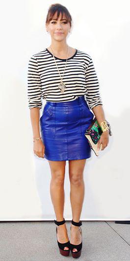 blue-med-mini-skirt-black-tee-stripe-black-shoe-sandalw-cobalt-spring-summer-brun-dinner.jpg
