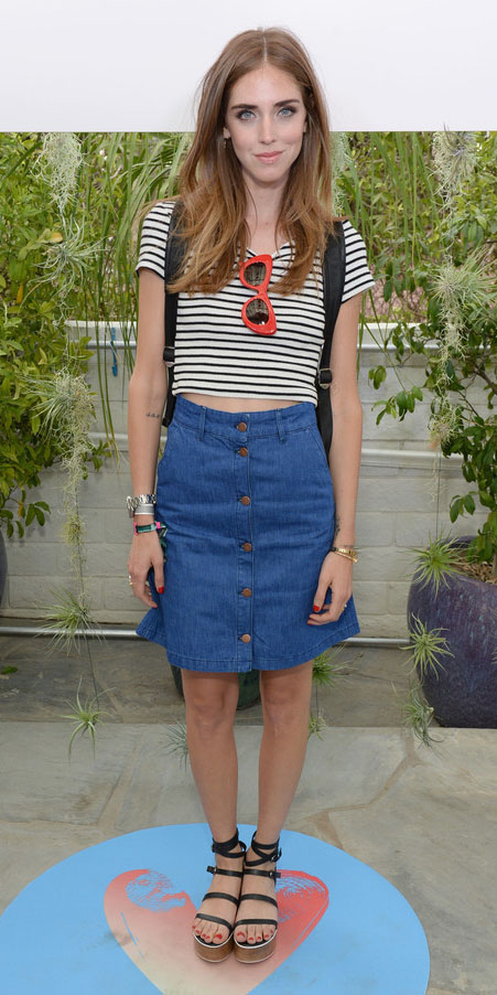 blue-med-mini-skirt-black-tee-stripe-black-shoe-sandalw-spring-summer-hairr-weekend.jpg