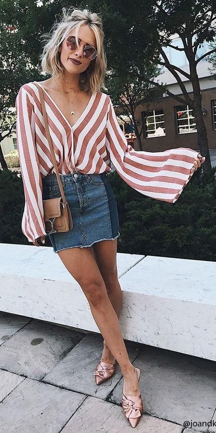 blue-med-mini-skirt-denim-camel-top-blouse-peasant-stripe-sun-blonde-lob-tan-bag-pink-shoe-pumps-spring-summer-lunch.jpg