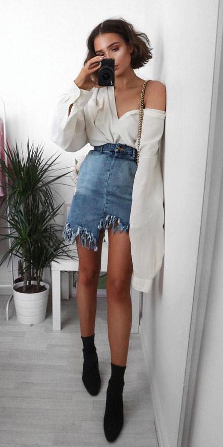 blue-med-mini-skirt-white-top-blouse-black-shoe-booties-fall-winter-brun-lunch.jpg