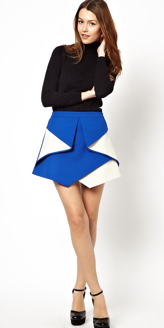 blue-med-mini-skirt-black-sweater-turtleneck-black-shoe-pumps-cobalt-fall-winter-hairr-dinner.jpg