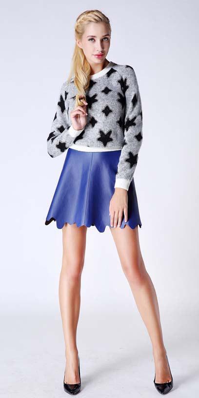 blue-med-mini-skirt-grayl-sweater-black-shoe-pumps-pony-spring-summer-blonde-lunch.jpg