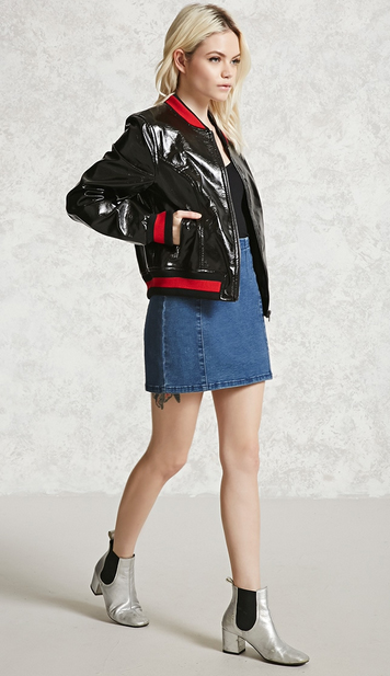 blue-med-mini-skirt-black-tee-black-jacket-bomber-denim-gray-shoe-booties-howtowear-fashion-style-outfit-spring-summer-blonde-lunch.jpg