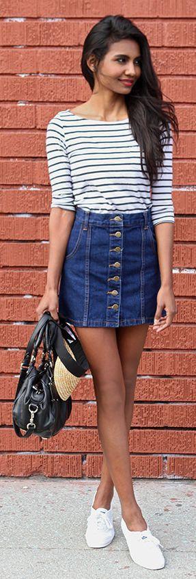 blue-navy-mini-skirt-blue-navy-tee-stripe-black-bag-white-shoe-sneakers-button-denim-spring-summer-brun-weekend.jpg