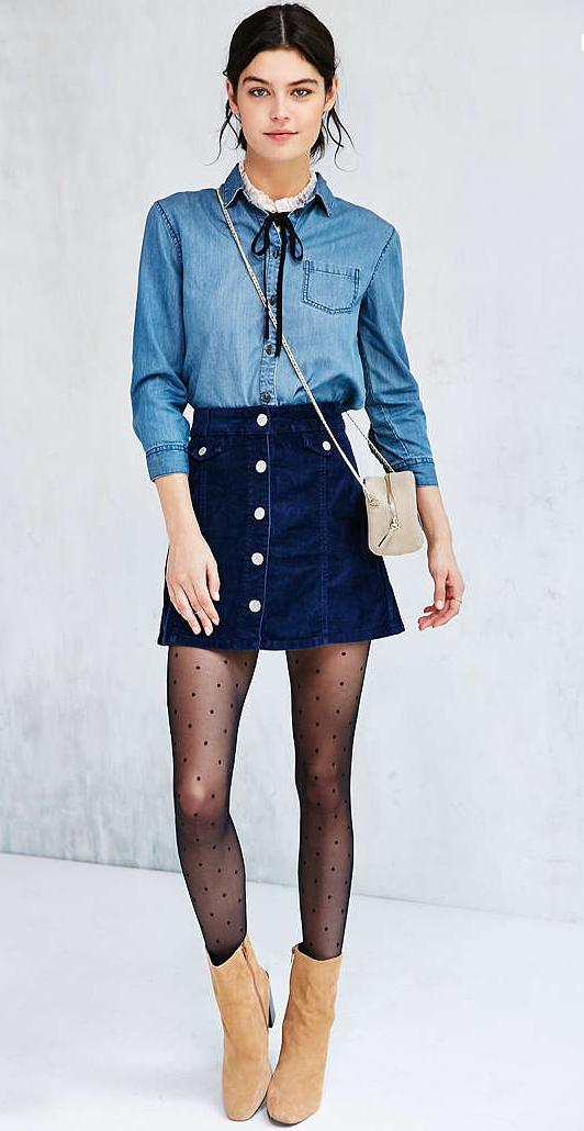 blue-navy-mini-skirt-blue-light-collared-shirt-bun-white-bag-dot-wear-style-fashion-fall-winter-chambray-button-tan-shoe-booties-black-tights-urbanoutfitters-brun-lunch.jpg
