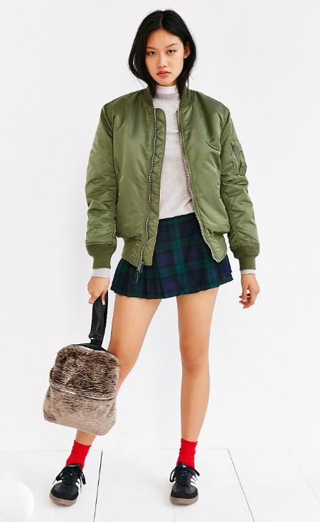 blue-navy-mini-skirt-grayl-sweater-wear-style-fashion-fall-winter-plaid-green-olive-jacket-bomber-black-shoe-sneakers-socks-tan-bag-pack-outfit-brun-weekend.jpg