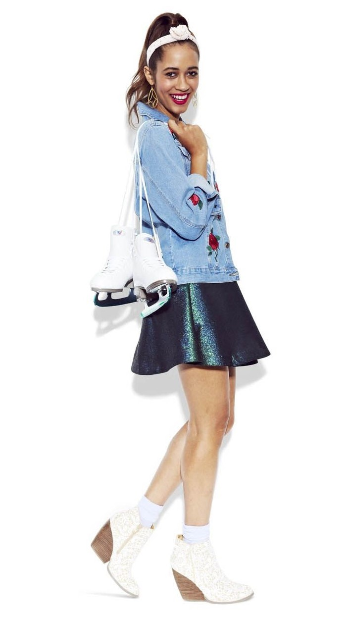 blue-navy-mini-skirt-blue-light-jacket-jean-head-pony-white-shoe-booties-fall-winter-holiday-christmas-outfits-lunch.jpg