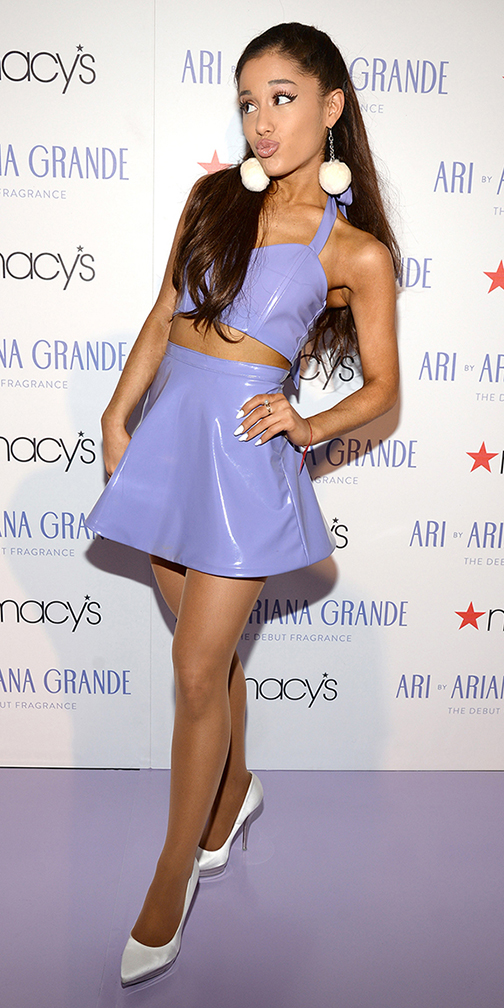 purple-light-mini-skirt-purple-light-crop-top-hairr-earrings-white-shoe-pumps-arianagrande-spring-summer-dinner.jpg
