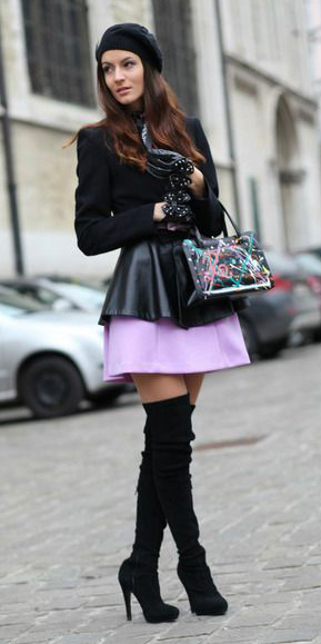 purple-light-mini-skirt-black-jacket-blazer-gloves-beanie-black-bag-black-shoe-boots-otk-fall-winter-brun-lunch.jpg