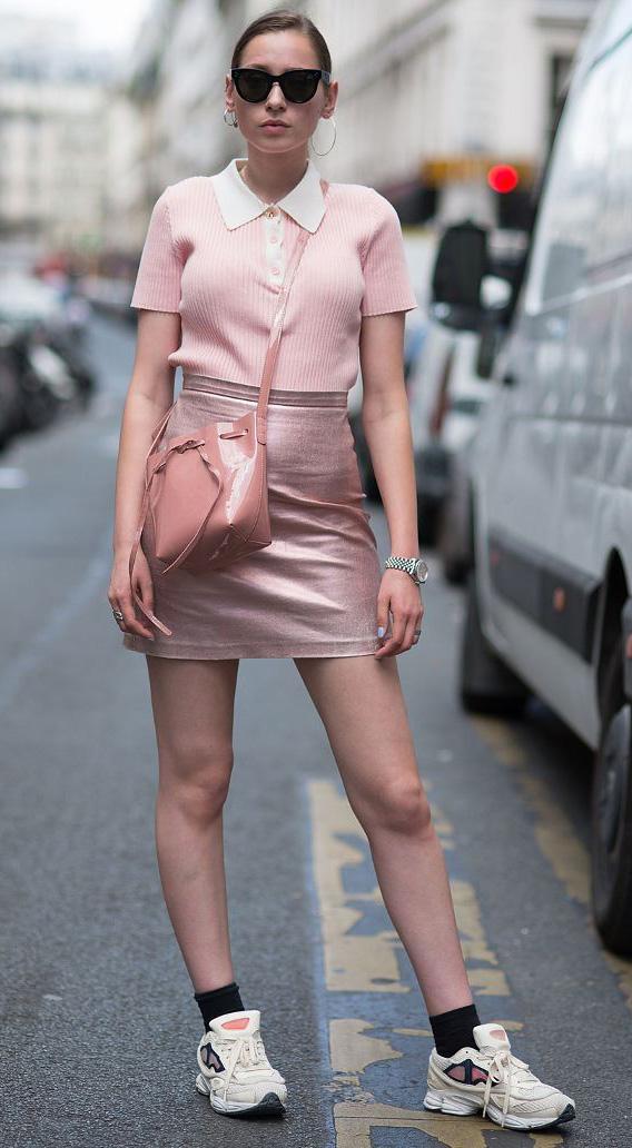 pink-light-mini-skirt-leather-pink-light-top-polo-pink-bag-socks-white-shoe-sneakers-hairr-sun-bun-fall-winter-lunch.jpg
