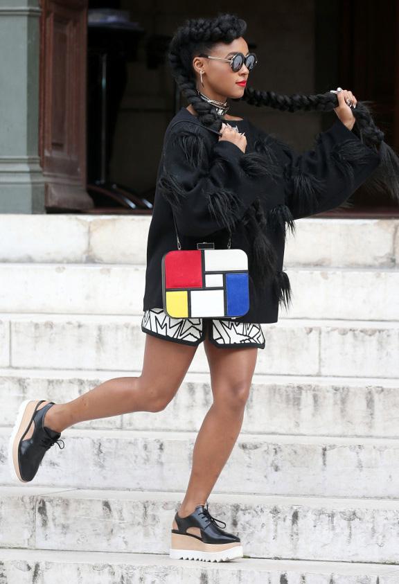 white-mini-skirt-black-sweater-white-bag-braid-janellemonae-france-pfw-street-style-wear-style-fashion-spring-summer-black-shoe-brogues-platform-brun-lunch.jpg