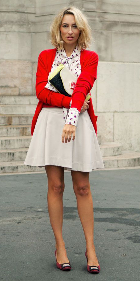 white-mini-skirt-red-cardigan-blonde-red-shoe-pumps-spring-summer-lunch.jpg