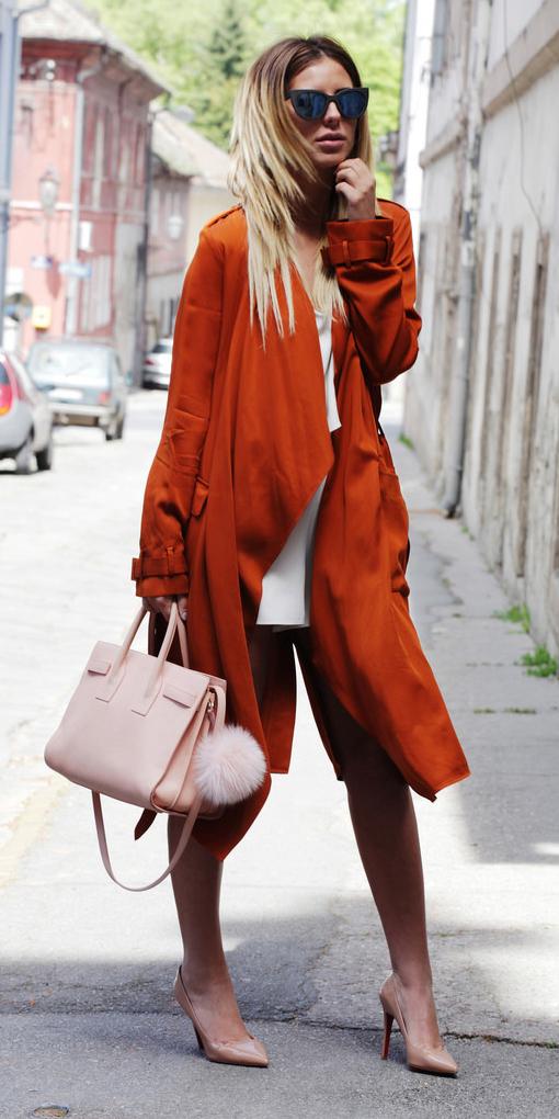 white-mini-skirt-sun-blonde-peach-bag-tan-shoe-pumps-orange-jacket-coat-trench-spring-summer-lunch.jpg