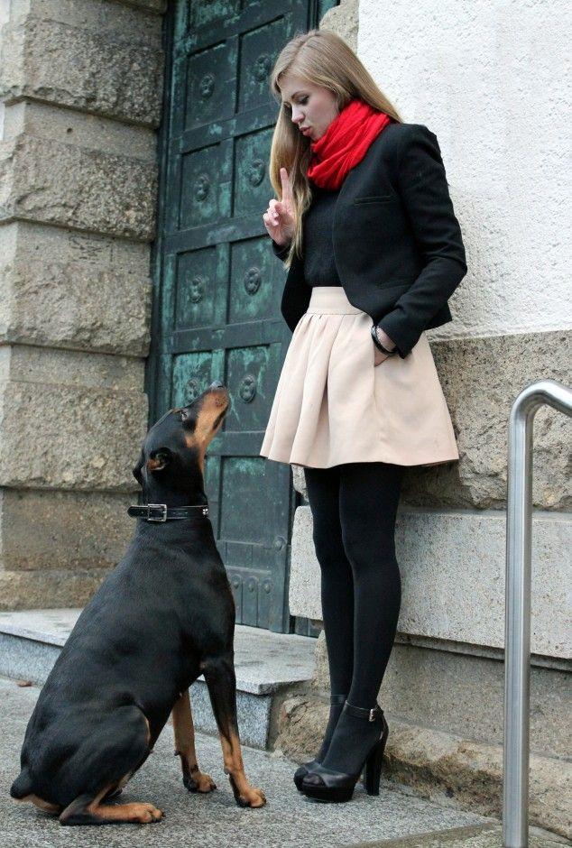 white-mini-skirt-black-tights-red-scarf-black-jacket-blazer-blonde-black-tee-black-shoe-sandalh-fall-winter-holiday-lunch.jpg