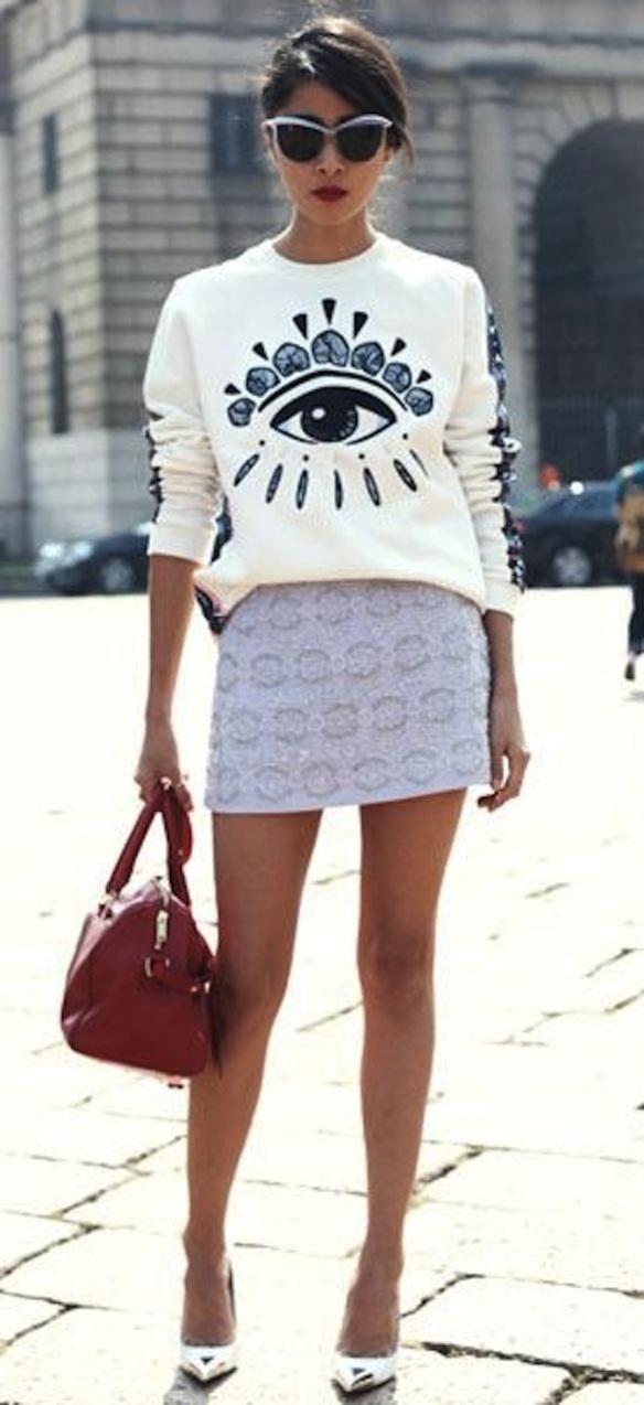 grayl-mini-skirt-red-bag-white-sweater-sweatshirt-graphic-brun-sun-gray-shoe-pumps-metallic-silver-spring-summer-lunch.jpg