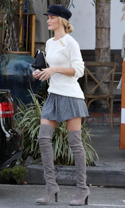 grayl-mini-skirt-white-sweater-hat-bun-wear-style-fashion-fall-winter-black-bag-overtheknee-gray-shoe-boots-rosiehuntingtonshiteley-celebrity-blonde-lunch.jpg