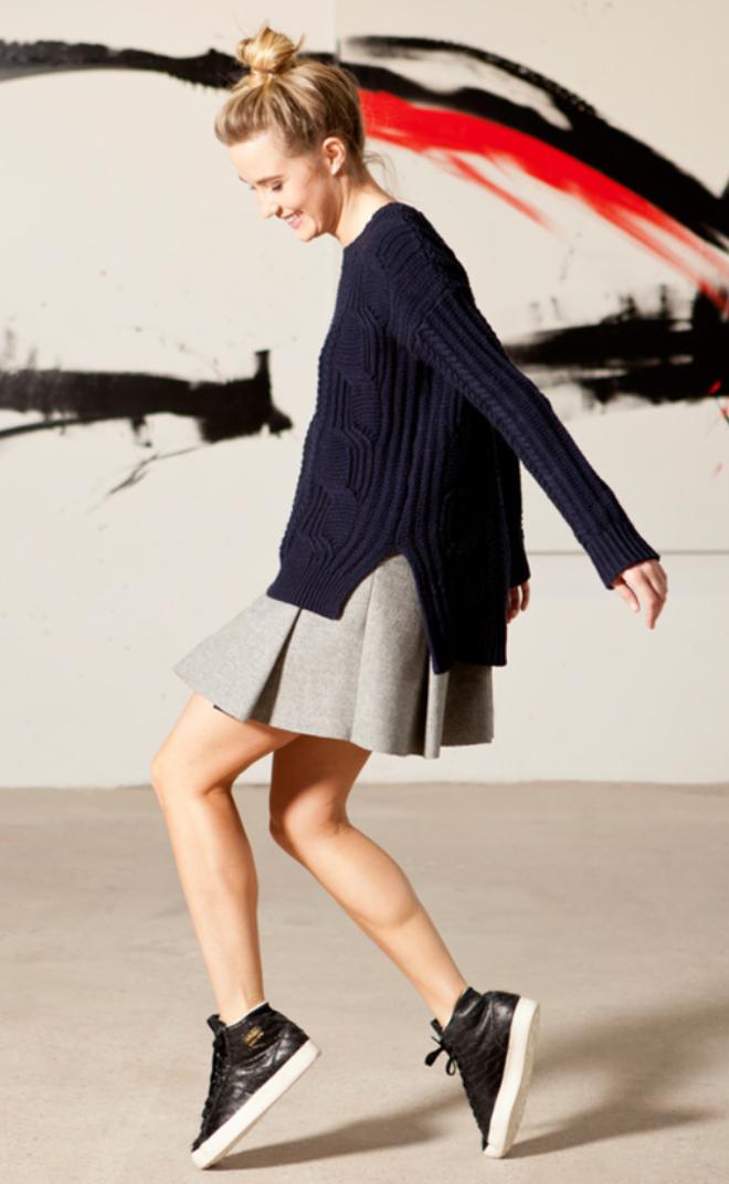 grayl-mini-skirt-blue-navy-sweater-bun-wear-style-fashion-fall-winter-black-shoe-sneakers-blonde-weekend.jpg