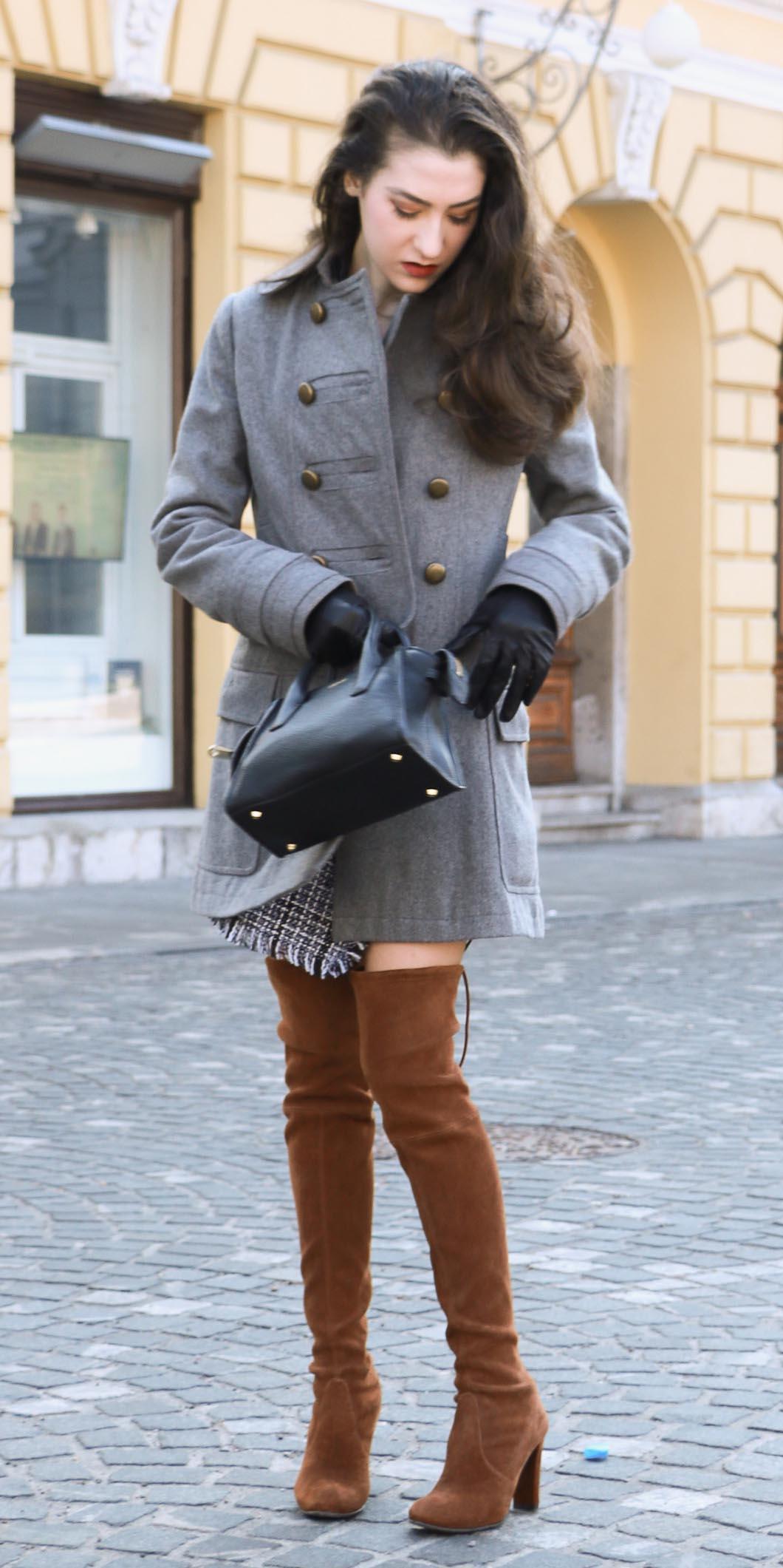 grayl-mini-skirt-grayl-jacket-coat-gloves-black-bag-cognac-shoe-boots-otk-fall-winter-brun-work.jpg