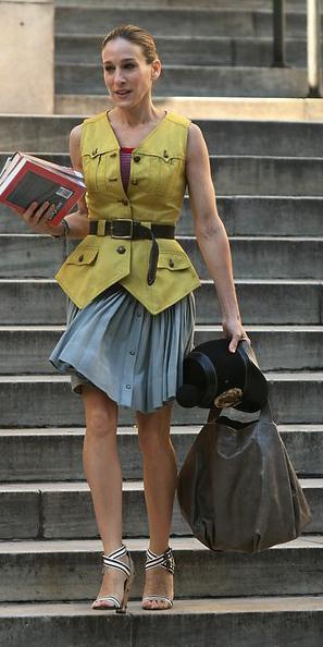 grayl-mini-skirt-yellow-vest-utility-belt-blonde-bun-white-shoe-sandalh-spring-summer-lunch.jpg