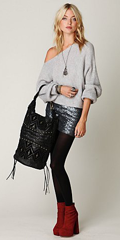 grayd-mini-skirt-grayl-sweater-slouchy-necklace-pend-black-bag-black-tights-red-shoe-booties-sequin-blonde-howtowear-fashion-style-outfit-fall-winter-lunch.jpg