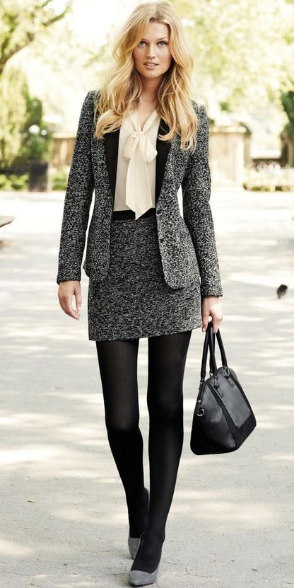 grayd-mini-skirt-white-top-blouse-bow-grayd-jacket-blazer-black-bag-howtowear-fashion-style-outfit-fall-winter-tweed-skirtsuit-black-tights-gray-shoe-pumps-blonde-work.jpg