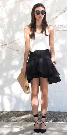 black-mini-skirt-brun-sun-tan-bag-clutch-black-shoe-pumps-white-cami-spring-summer-dinner.jpg