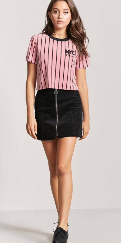 black-mini-skirt-pink-light-graphic-tee-spring-summer-hairr-lunch.jpg