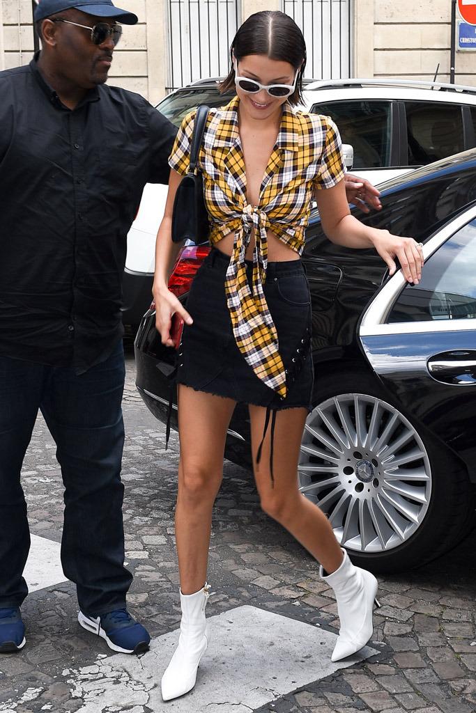 black-mini-skirt-yellow-crop-top-plaid-sun-brun-black-bag-white-shoe-booties-denim-bellahadid-spring-summer-lunch.jpg