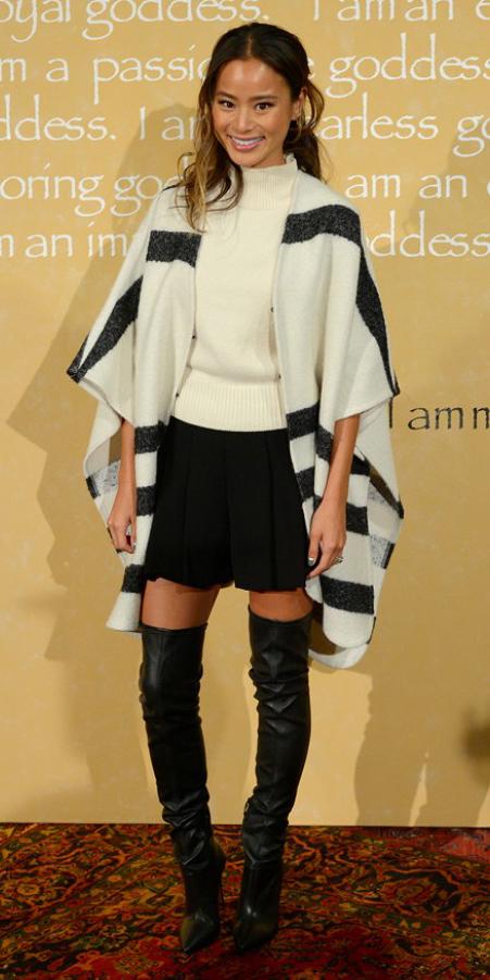 black-mini-skirt-white-sweater-white-cardiganl-stripe-pleat-fall-winter-black-shoe-boots-cape-otk-jamiechung-brun-lunch.jpg