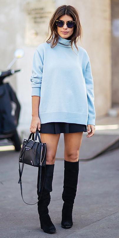 black-mini-skirt-blue-light-sweater-black-bag-sun-wear-style-fashion-fall-winter-black-shoe-boots-brun-lunch.jpg