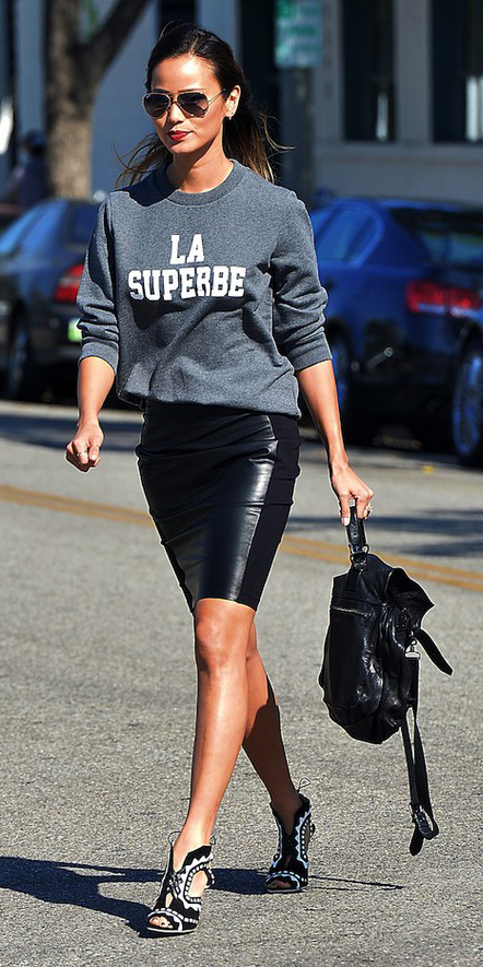 black-mini-skirt-grayd-sweater-sweatshirt-graphic-brun-sun-black-shoe-pumps-black-bag-jaimechung-fall-winter-lunch.jpg