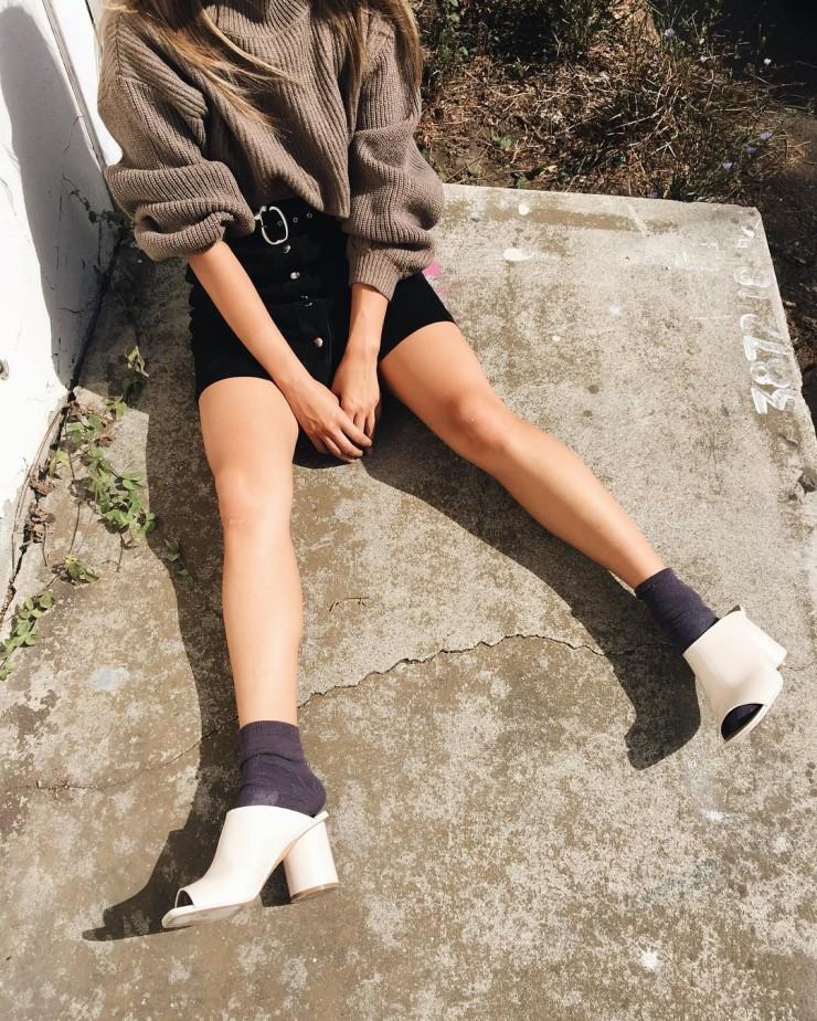 black-mini-skirt-brown-sweater-socks-white-shoe-sandalh-mules-fall-winter-lunch.jpg