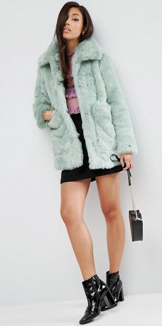 black-mini-skirt-green-light-jacket-coat-fur-brun-black-bag-black-shoe-booties-fall-winter-dinner.jpg