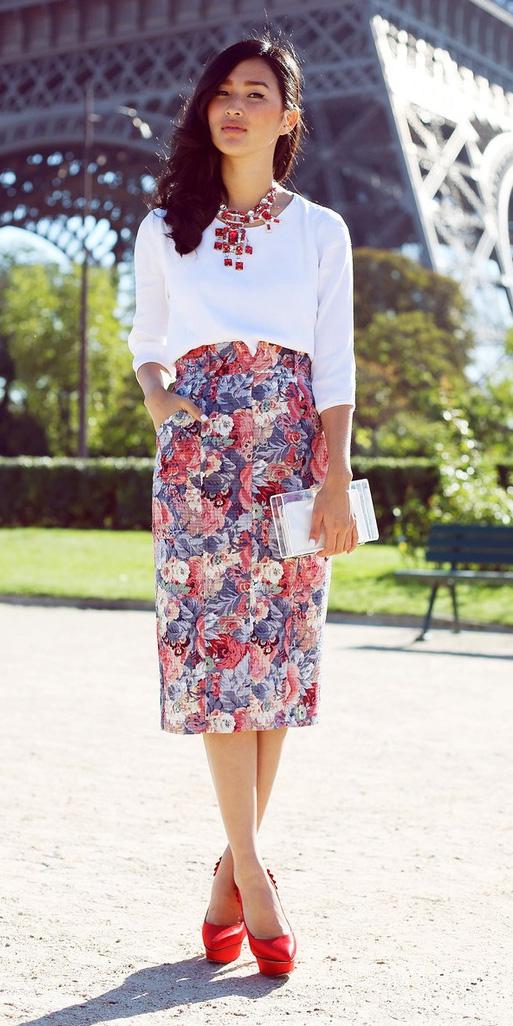 red-pencil-skirt-floral-print-white-top-bib-necklace-red-shoe-pumps-brun-spring-summer-dinner.jpg