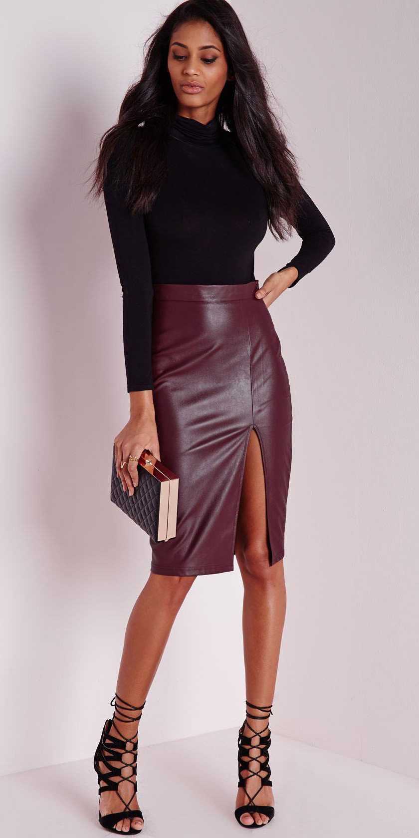 burgundy-pencil-skirt-leather-black-sweater-black-shoe-sandalh-fall-winter-brun-dinner.jpg