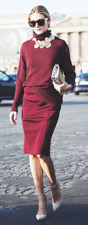 burgundy-pencil-skirt-burgundy-sweater-turtleneck-necklace-tan-shoe-pumps-sun-bun-tan-bag-clutch-oliviapalermo-hairr-fall-winter-holiday-dinner-valentinesday-work.jpg